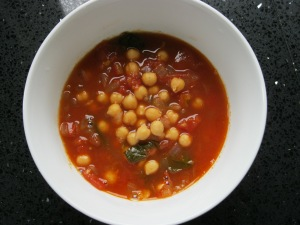 Tom & chickpea soup
