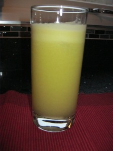 Apple Pear Ginger juice