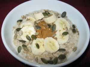 Banana topped oats