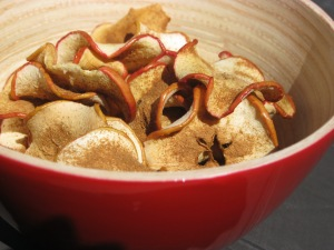 Cinnamon apple crisps